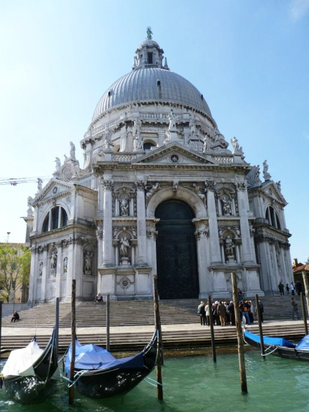 The most beautiful church on the island (in my little opinion anyways)...Santa Maria della Salute